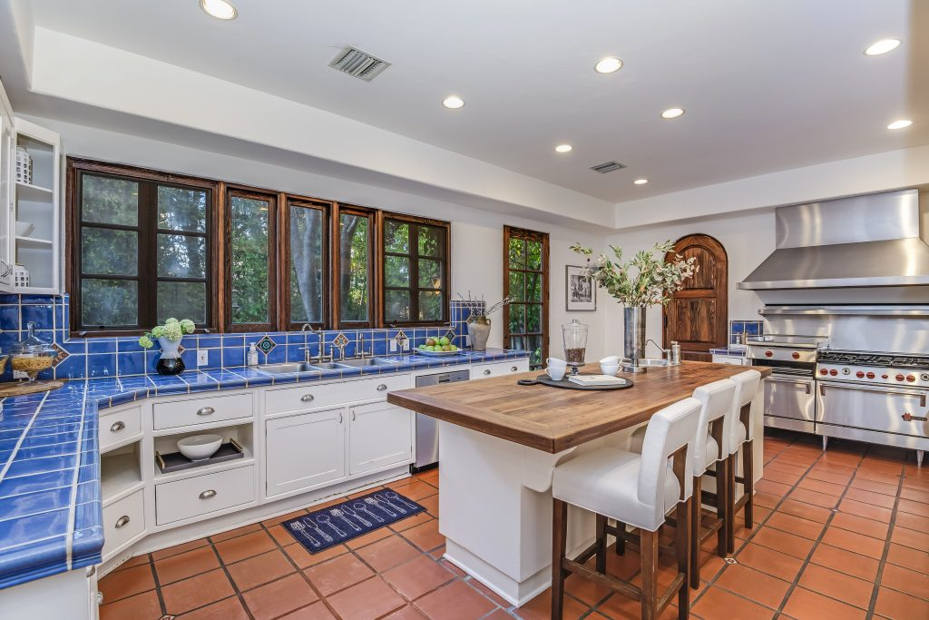 Hollywood kitchen