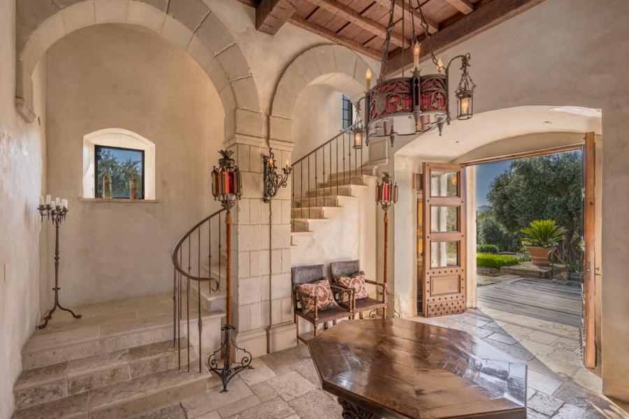 Foyer Tuscan mansion