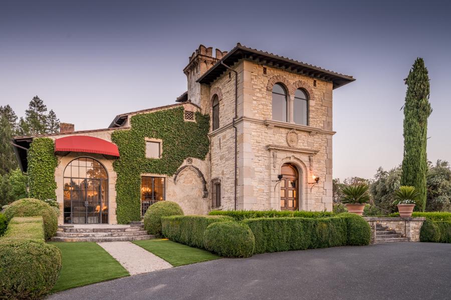 Ediface Tuscan Mansion