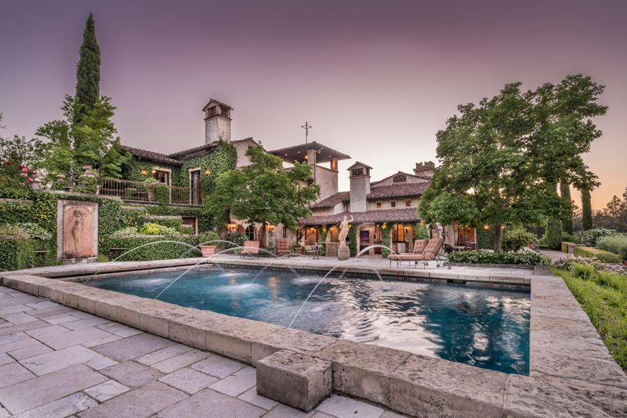 Pool Tuscan Mansion