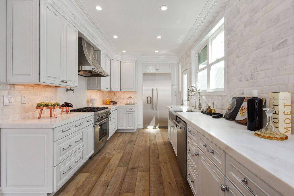 Showing long view of Marina kitchen