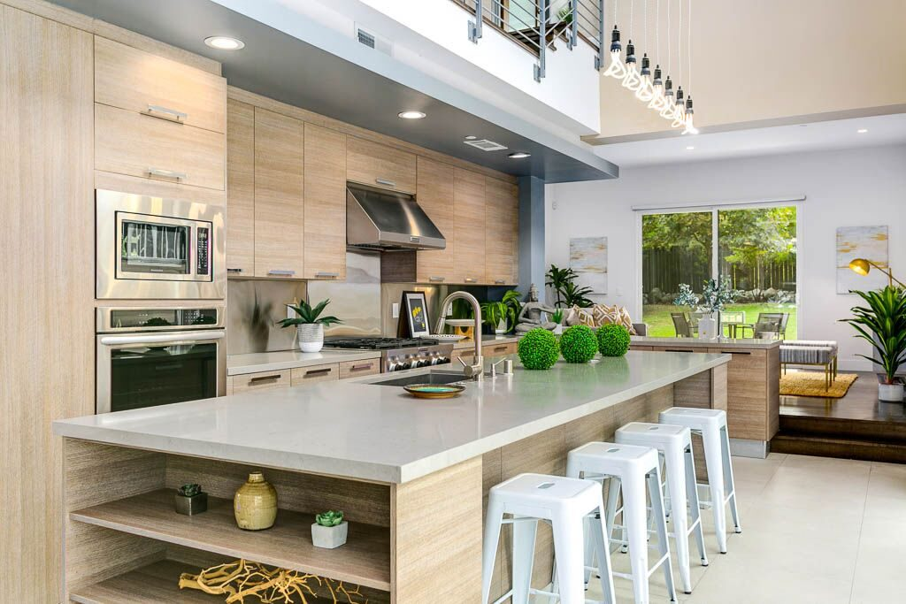 Airy modern home in Sierra Madre - kitchen