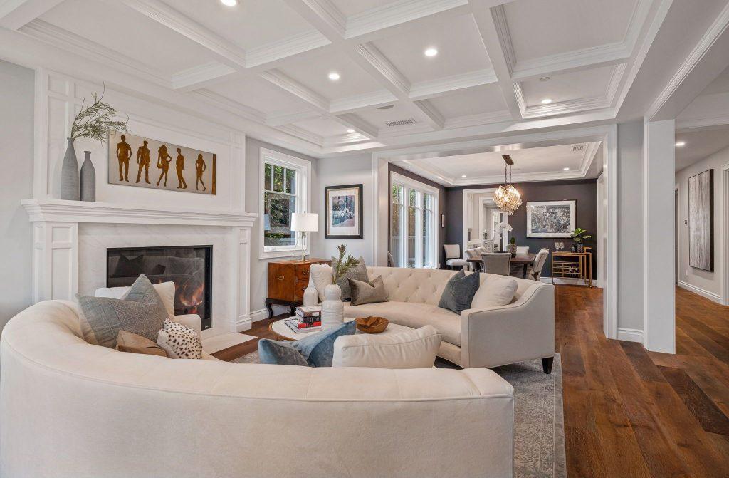 Rare retreat in prime Santa Monica cozy living room