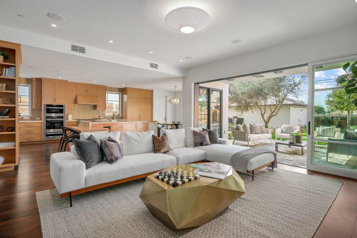 indoor outdoor living room