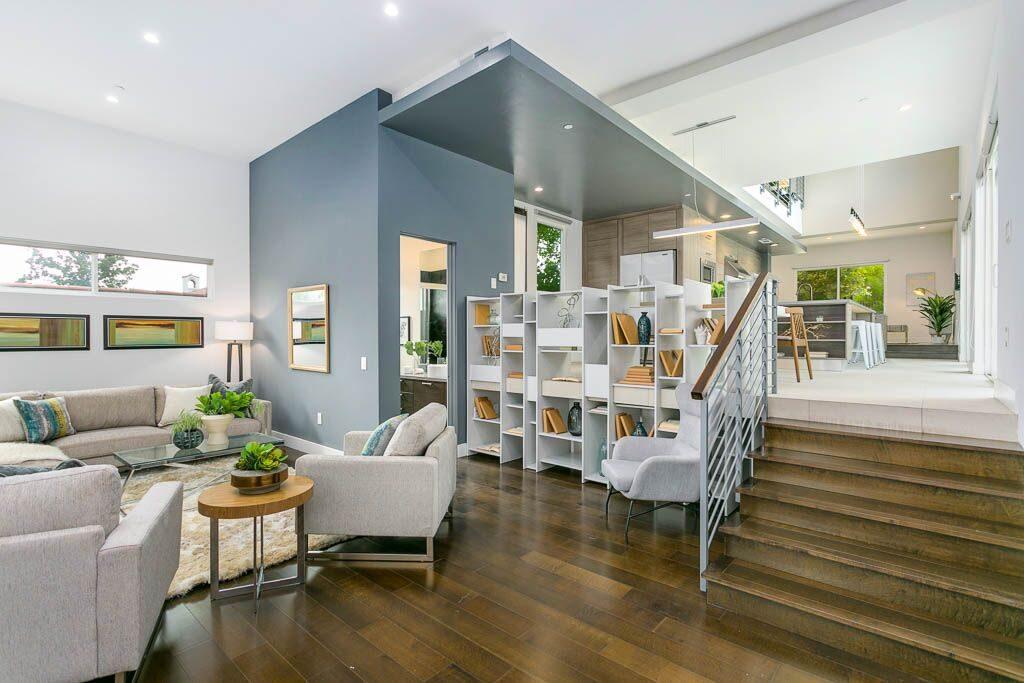 Airy modern home in Sierra Madre - hight ceilings