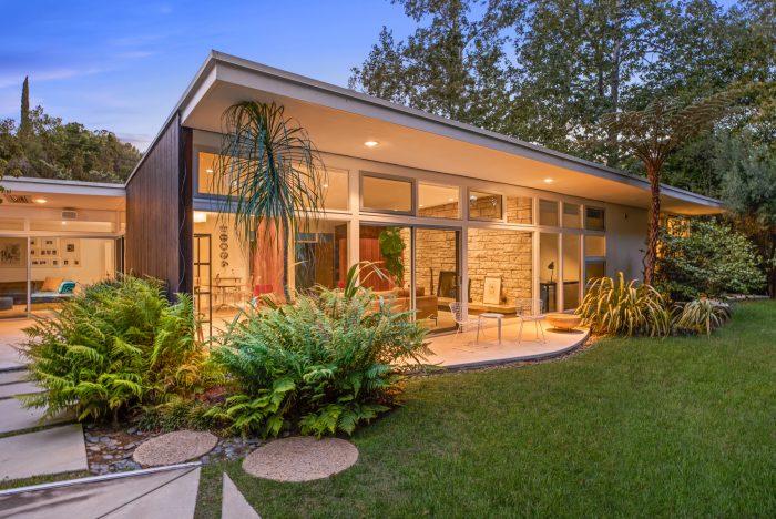California Real Estate Blog - Mid-Century Modern Exterior