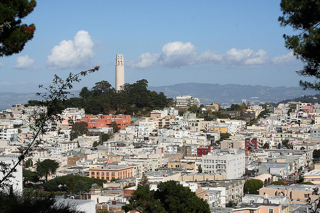 Photo of a San Francisco hillside crowded with homes