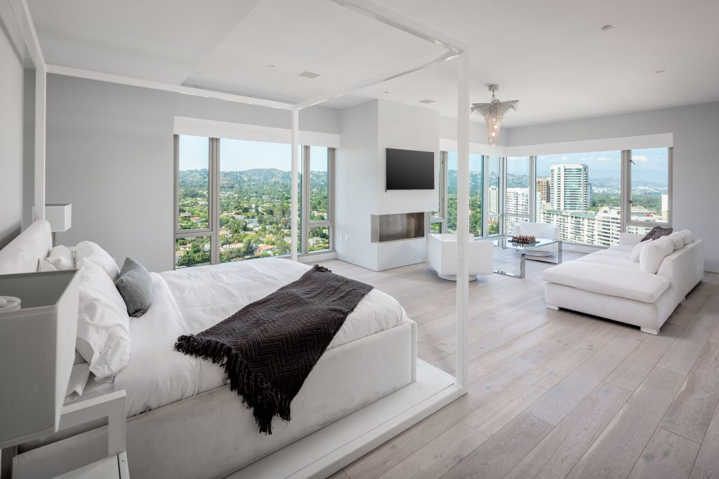 Gleaming penthouse in chic Remington high-rise