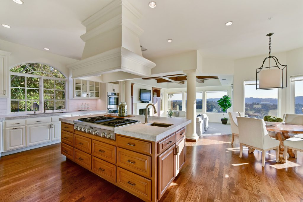 Breathtaking Orinda Downs View Estate