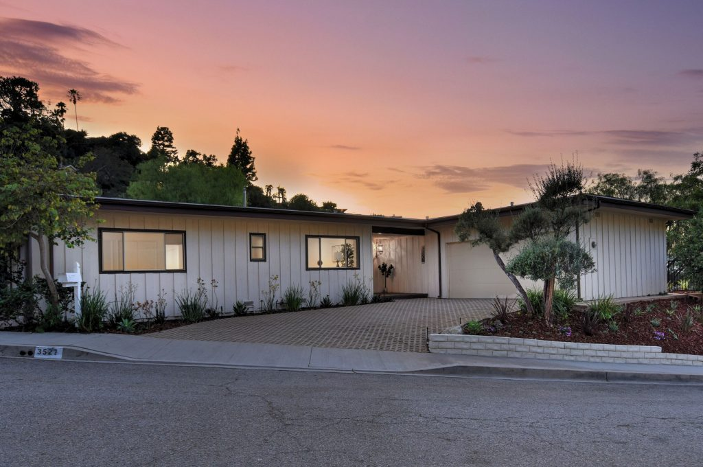 Exhilarating views from the Sherman Oaks hills outside view with sunset