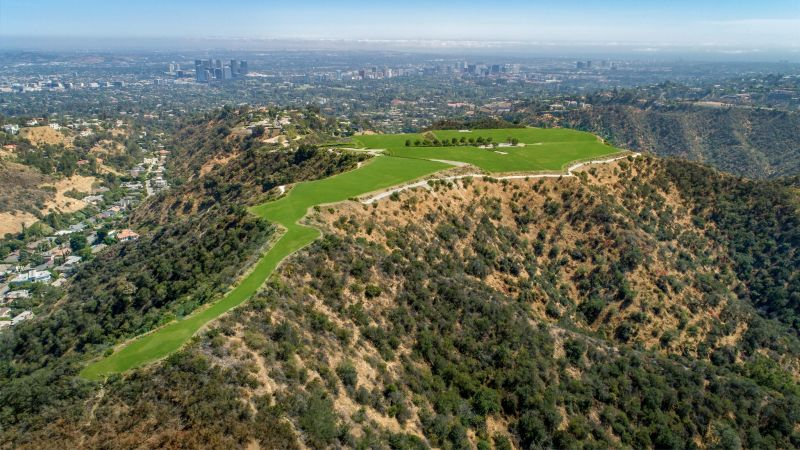 Beverly Hills Mountain