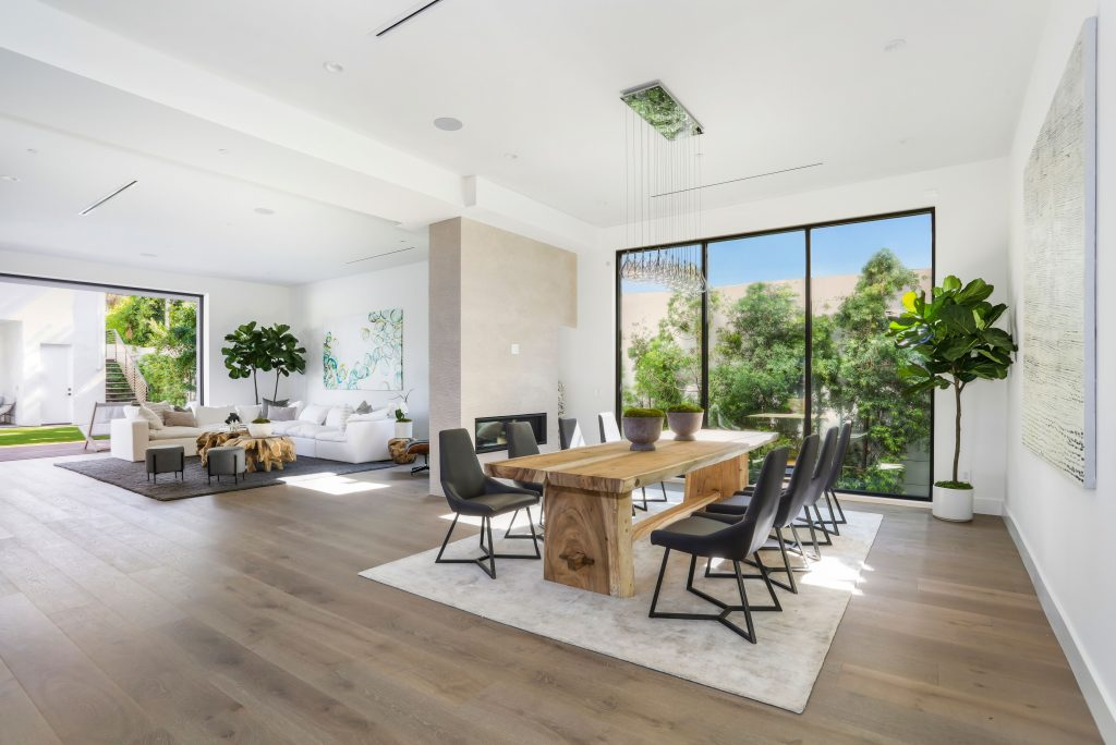 Showing creative home in LA dining area