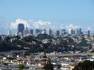 sfskyline_clouds